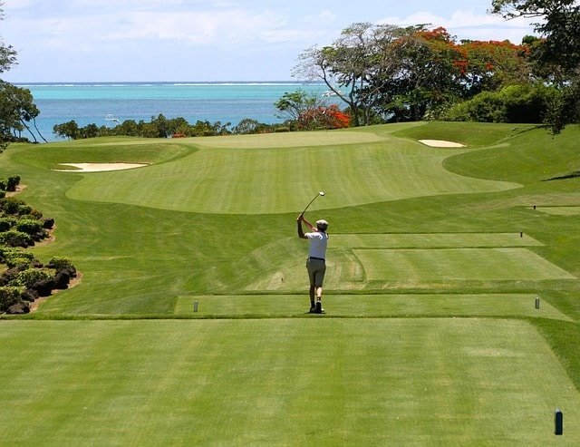 parcours de golf proche de la mer