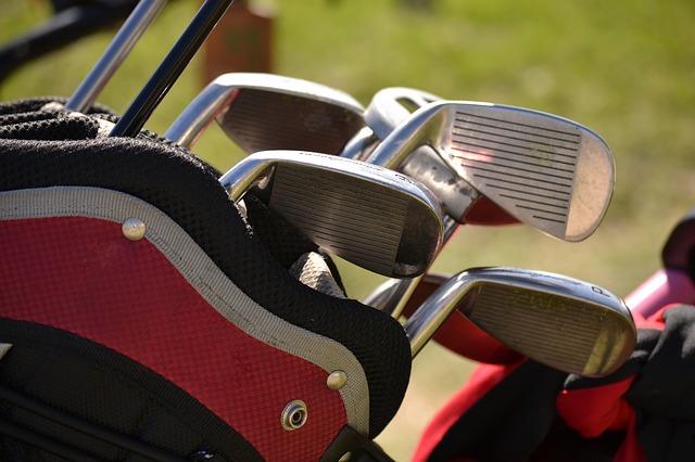 Comment bien choisir son club de golf et acheter les meilleurs fers